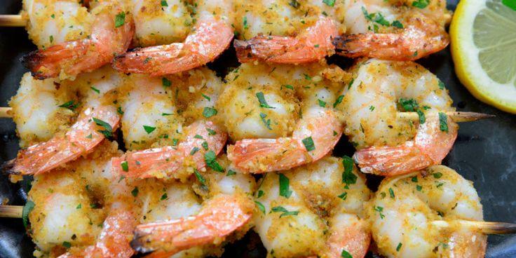 Classic Italian recipe for shrimp brochette. A delicate, lightly breaded gluten free shrimp recipe for dinner, lunch or as an appetizer.