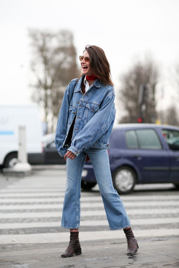 84 Outfit Ideas For Style Extroverts #refinery29  http://www.refinery29.com/2015/03/83675/paris-fashion-week-2015-street-style#slide-76  Cropped baby bells in the wild.