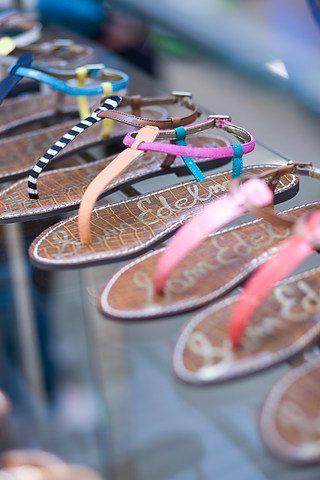 a girl cant get enough!: Summer Fashion, Sam Edelman, Fashion Shoes, Summer Sandals, Summer Shoes, Edelman Sandals, Girls Fashion, Girls Shoes, Flats Sandals