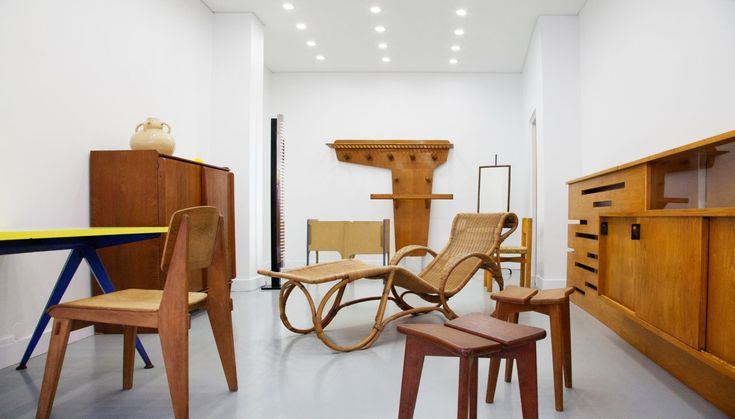 Stores:   Galerie Bouvier - Le Ny: 50s furniture in Paris   Galerie Bouvier - Le Ny: 50s furniture in Paris