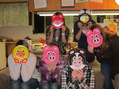 Have kids make farm animal masks as a party craft.