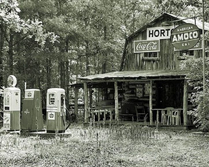 Hortons Historic Gas Station And General Store Person County North Carolina