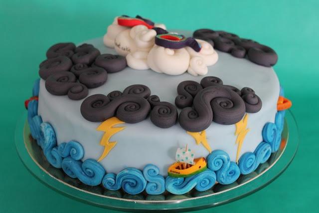 Storm cake by Pastissetcake  http://pastissetcake.blogspot.com.es/2012/09/granola-cookies-complet-breakfast.html