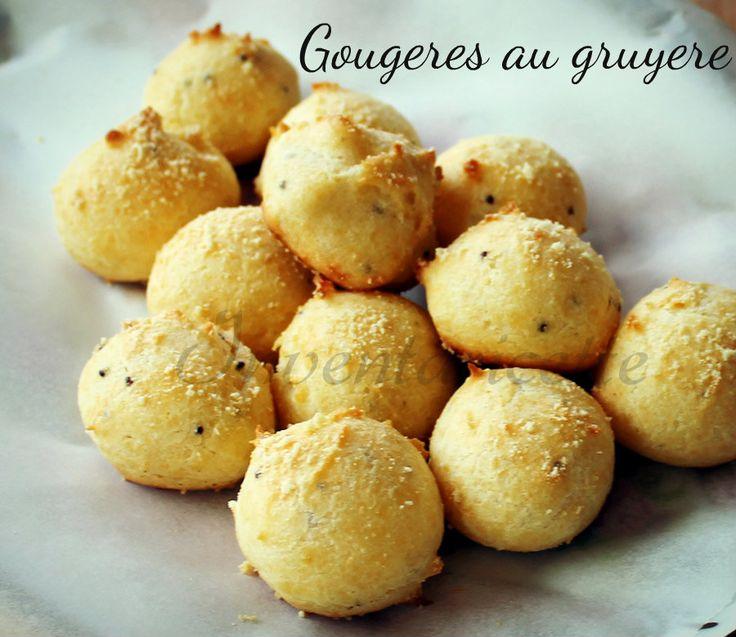 Gougeres au gruyere e benvenuti in Francia! Oggi vi presento il più famoso e tipico degli aperitivi francesi. Una sorta di bignè salati al formaggio che ne
