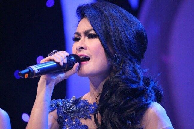 Iis Dahlia (Dangdut Singer)