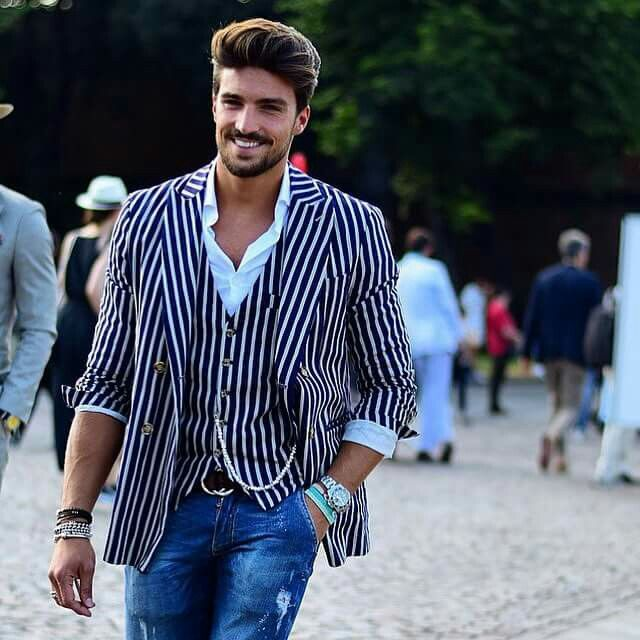 Mariano Di Vaio says he loves streetstyle most of all! I agree www.mdvstyle.com