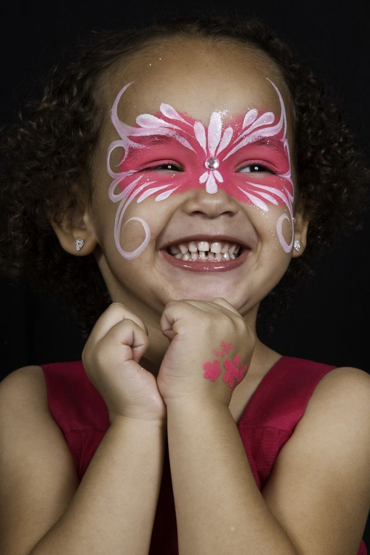 Simple butterfly face paint