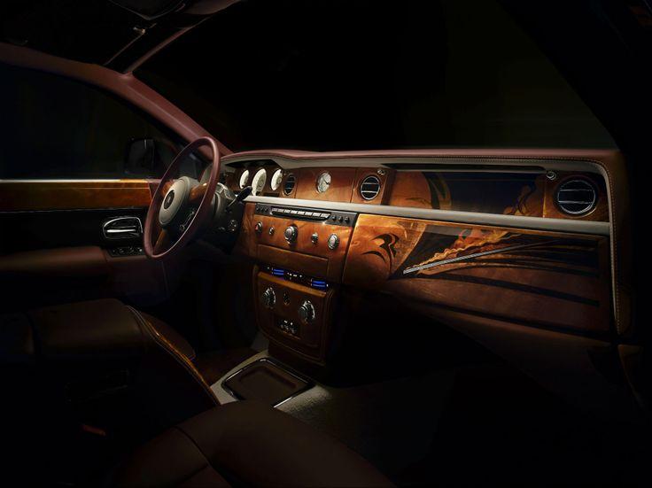 Phantom Pinnacle Travel Collection - Interior Dash