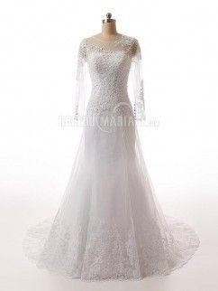Manches longues robe de mariée col rond en dentelle pas cher