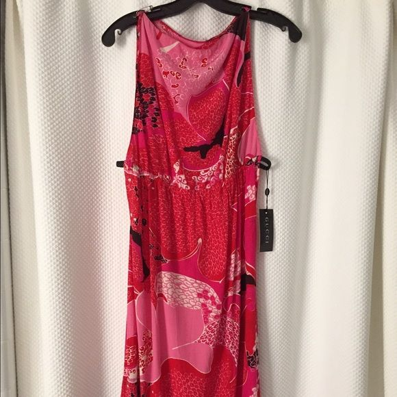 Formal Gucci Dress Tea length silk pink Gucci dress with leather strap on the sides Gucci Dresses Midi