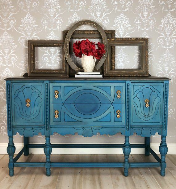 Stupendous Painted Buffet Sideboard Entryway Table In A French Style Interior Design Ideas Inesswwsoteloinfo
