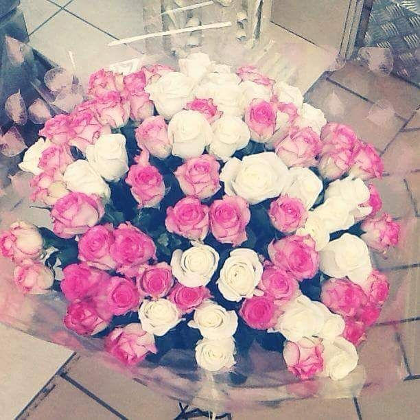 Roses anyone? #flowers #delivery #pink #roses #white #love #followme #share #irelandflowers #galway #dublin #ireland #picoftheday #i #giftideas #gift #instagramers #instalike #instagram #instagood #like #share