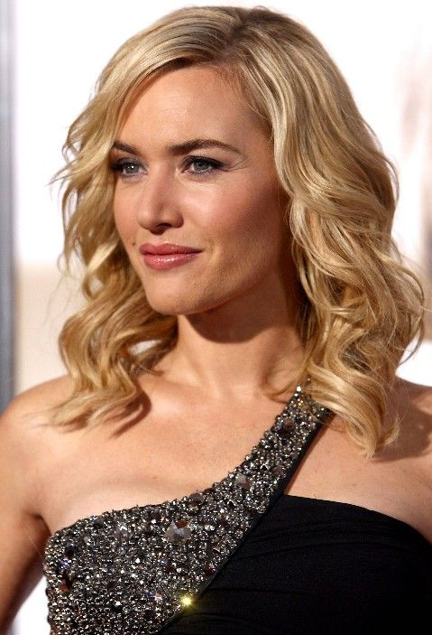 If I ever cut my hair short I'll probably curl it like this.