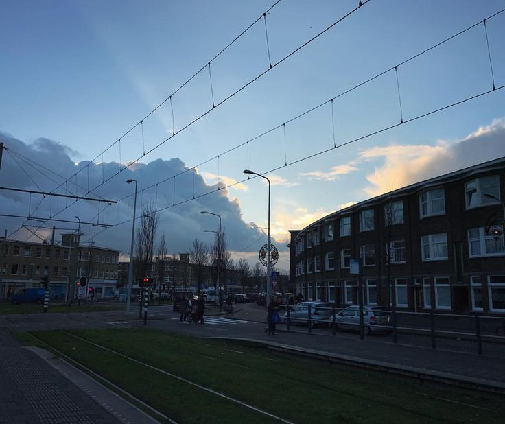 Just waiting for the tram 🚊✨ . . . . . #clouds #cloud #cloudporn #weather #lookup #sky #skies #skyporn #tram #sunset #instaclouds #instagood #htm #beautiful #gloomy #thehague #horizon #instagood #instasky #traffic #crazyclouds #photooftheday #lahaya #urbanview #publictransport