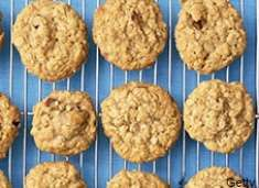 Oatmeal Molasses Cookies | High Iron Recipes   These were yummy!  Needed something high iron.