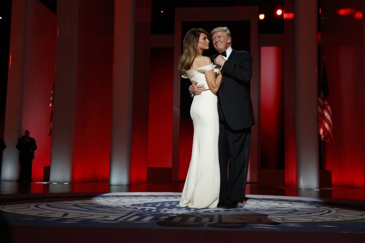 """President Donald Trump and first lady Melania Trump danced to Frank Sinatra's """"My Way"""" at the Inaugural Ball. 