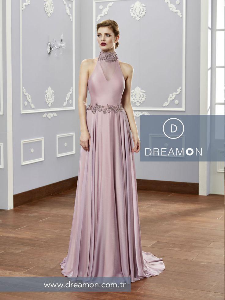 Zarif sırt dekoltesiyle Agra modeli DreamON mağazalarında www.dreamon.com.tr  #dreamon #gelinlik #style #lostinlove #koleksiyon #gelinlikmodelleri #nisanlık #wonders #agra #wedding #abiye #dreamongelini #abiyemodelleri #couture #dreamonplaza #mutluluk