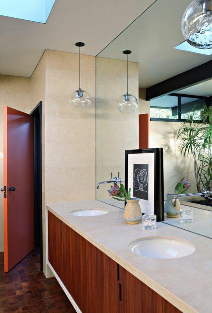 Intérieur éclectique pour un mariage de styles même dans la salle de bains