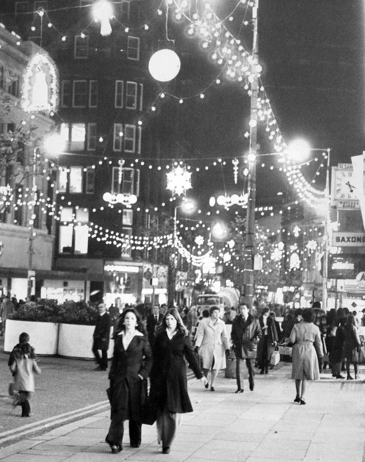 Christmas Shoppers, Church Street, Liverpool, 12th December 1976.
