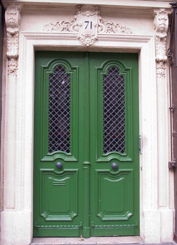 French doors in Paris & 96 best Parisian Doors. images on Pinterest | French doors Windows ...