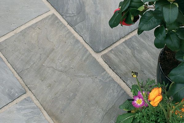 RF Black Sandstone Paving | Premium Natural Stone | Paving Slabs & Patio Slabs | Easy Pave | Easypave
