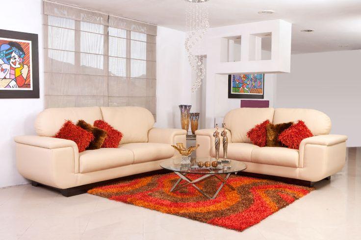 Si tienes un lugar con paredes blancas este #Sofa #Piazzola le da ese toque de elegancia y tradición a tu casa www.maderaymuebles.com