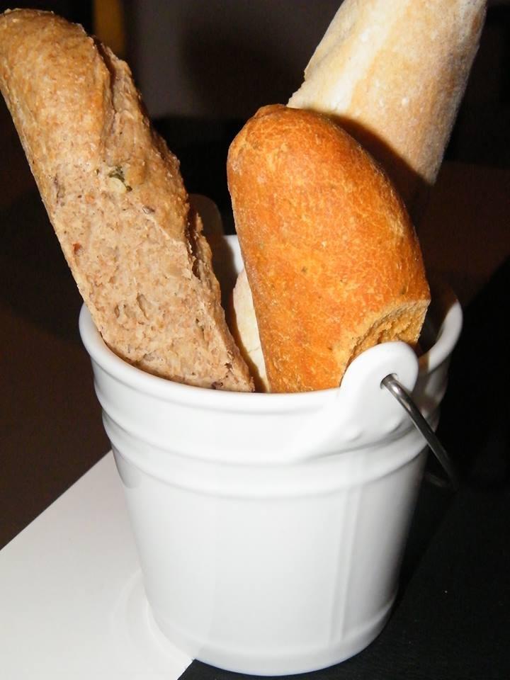 No sólo de pan vive el hombre... pero qué buena pinta y qué hambre. #Gastronomía #Madrid