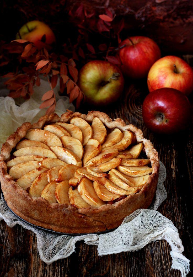 пирог из яблок картинки