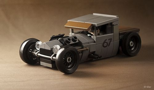 Mike Burroughs' BMW-Powered 1928 Ford Model A in Lego _10 | Flickr - Photo Sharing!