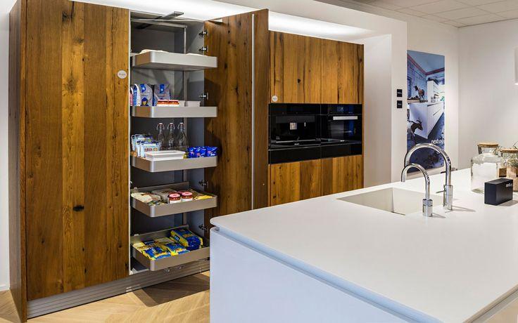 U zoekt en next125 dealer? - Ervaar de kwaliteit van next125 in de showrooms van Bemmel & Kroon in Den Haag en Zoeterwoude-Rijndijk.