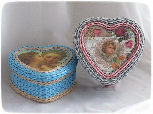 Поделка изделие Валентинов день Плетение Всего по три Картон Клей Краска Салфетки Трубочки бумажные фото 1