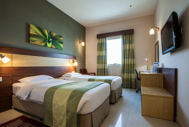 Citymax Al Barsha*** LO va. € 32 Dubai – Een comfortabel hotel met goede service tegen een betaalbare prijs. De kamers zijn voorzien van minibar en kluis. Er is een populaire Bar & Grill met Aziatische specialiteiten.