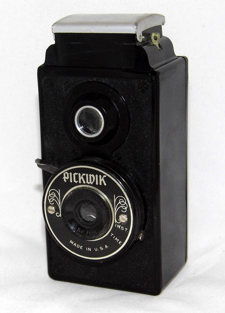 https://flic.kr/p/yrAxCm   Vintage Pickwik Simple Plastic Camera For 127 Film, Made In Chicago, Illinois In The 1940s