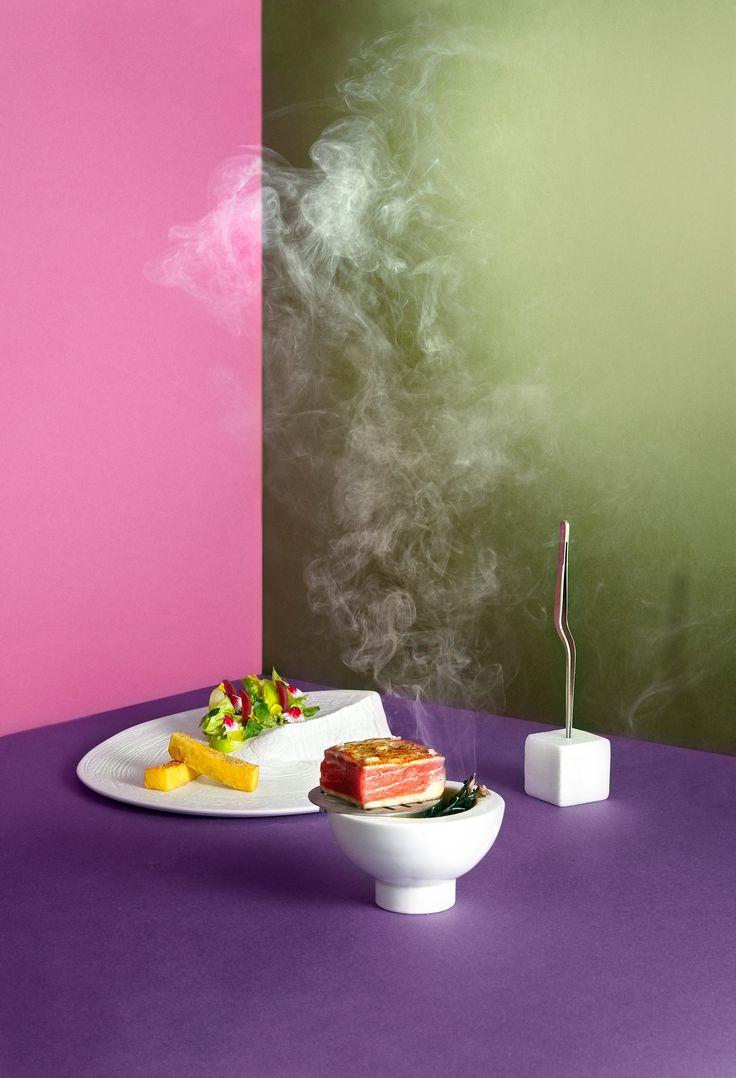 - Restaurante LAV - ◇ Bodegón sobre papel rosa, morado y verde. Humo y geometrías / Still life on pink, purple and green paper. Smoke and geometry ◇ #comida #food #lovefood #foodporn #foodart #foodgram #foodstyling #instafood #delicious #restaurante #gastronomia #mediterranean #degustacion #showcooking #comerbien #chef #gourmet #hotel #happiness #hotelalfonsov #vamuca #leonesp #beautifulplaces #relax #fun - Photography & art direction www.calerastudio.com