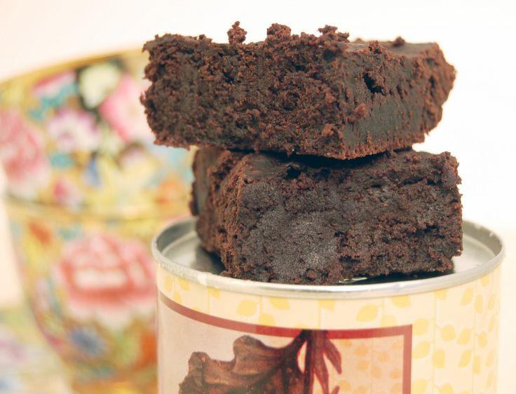 paleo dark chocolate flour-less brownies