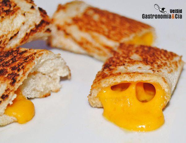 rollitos de queso cheddar