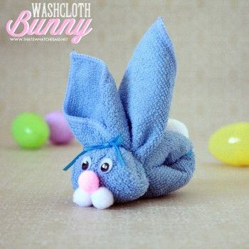 Turn a washcloth into a cute little bunny -- so fun to put on top of gifts to neighbors, teachers, etc. Washcloth Bunny Kid's Craft via That What Che Said