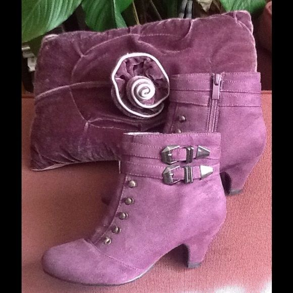 PURPLE  ANKLE BOOTS Vey cute ankle boots crush Sueade  look 2 1/2inch heel inside zipper  double buckle on the side lace optiona Traffic Shoes Ankle Boots & Booties