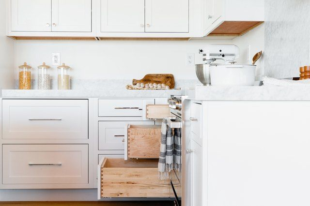 Kitchen Cabinets Cabinet Doors, What Is The Best Cleaner For White Kitchen Cabinets