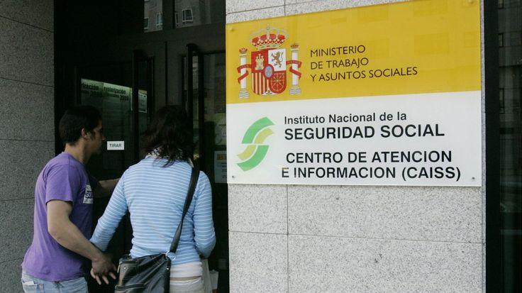 El alto coste de ser autónomo dispara en Galicia la facturación cooperativa  Hacienda investiga si estas plataformas «on-line» ocultan fraudes a la Seguridad Social