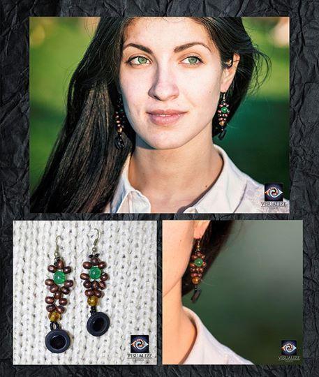 Materials/Materiale folosite:  Glass beads,wood beads and acryl ornaments.  Mărgele de sticlă,din lemn si ornamente din acryl.  The prices are available on our website/Prețurile sunt afișate pe site-ul nostru  http://visualizedesign.artworkfolio.com/