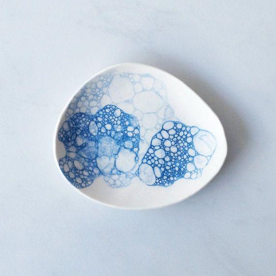 SEA bubbles soap dish white porcelain pebble shape by VanillaKiln