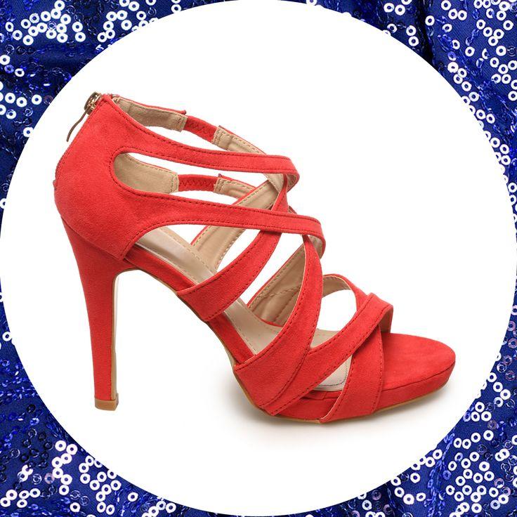 Nos chaussures préférées pour faire la fête cette saison : les sandales multibrides La Modeuse ! Les brides maintiennent le pied à la perfection pour pouvoir danser toute la nuit ! A shopper ici https://www.lamodeuse.com/sandales-femme/27843-sandales-rouges-multibrides.html #talonshaut #modeuse #blog