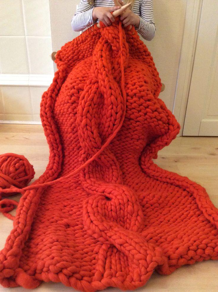 Les 164 meilleures images du tableau shawls sur pinterest laine tricot la main et charpes - Tricot a la main ...