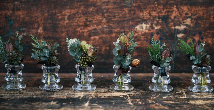 prettiest tiny flowers from @atelierbloombloom