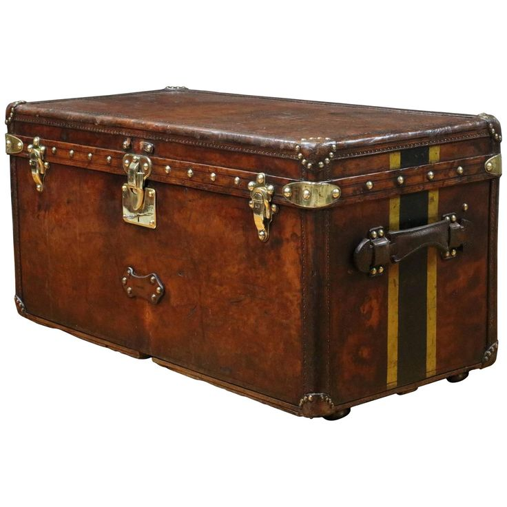 1920s Louis Vuitton Leather Trunk Malle Louis Vuitton Cuir