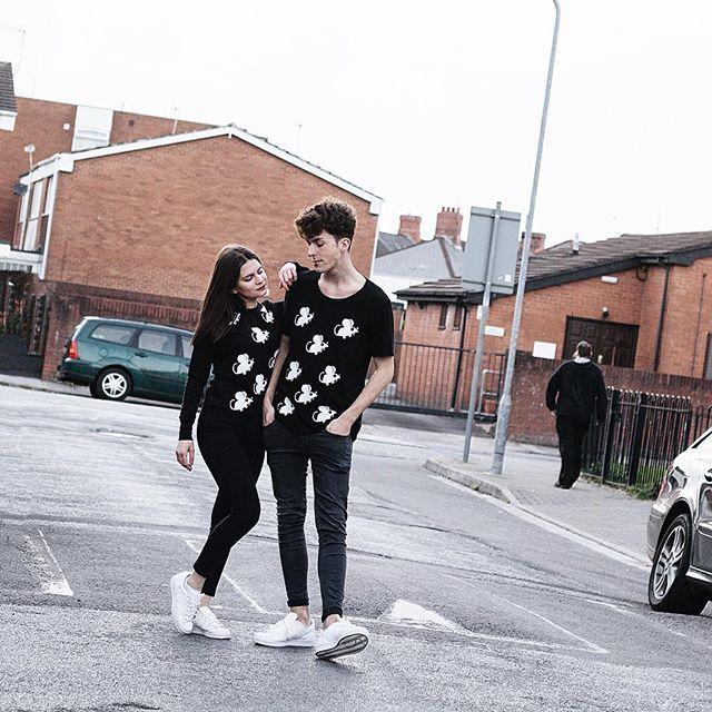 #weallthesame ! Plany na piątkowy wieczór? Widzicie się z nami na targach Slow Fashion ? 🙉 #shoponline #followus #animals #love #polishbrand #newbrand #polishboy #polishgirl #mouse #mouses #greymousefashion #fashion #clothesforsale #tshirt
