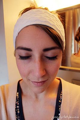 Again something you might ever need - a tutorial on how to apply false lashes.