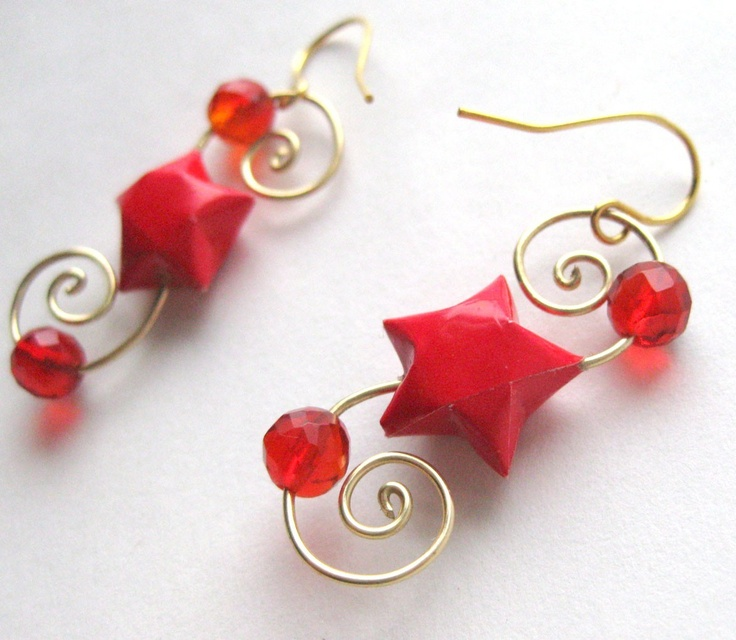 Red Swirling Star Earrings  Origami Jewelry by PaperAffection, $16.00