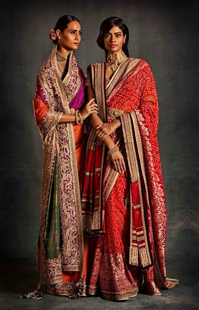 Tarun Tahiliani bridal collection. Shop for your wedding trousseau, with Bridelan - a personal shopper & stylist for Indian brides & grooms, visit our website www.bridelan.com #Bridelan #weddinglehenga #taruntahiliani